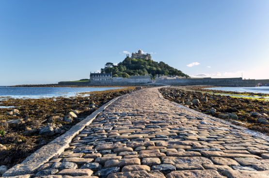 Meneage Tours: St Michael's Mount, Cornwall, UK
